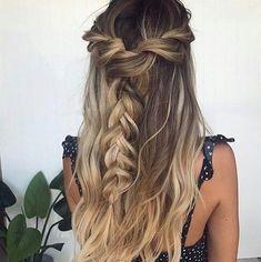 Pretty braid half up half down hairstyle