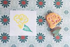 Trumpet flower stamp, hand carved stamp, handmade flower stamp, plant stamp, stationary stamp, planner stamp, card stamp, letterbox stamp
