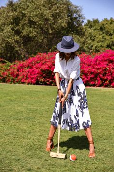 VivaLuxury - Fashion Blog by Annabelle Fleur: PERFECT GETAWAY :: RANCHO VALENCIA I like print skirts and solid shirts. This look is very feminine.