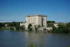 Château de Tarascon, XVe siècle - Adresses, horaires, tarifs.