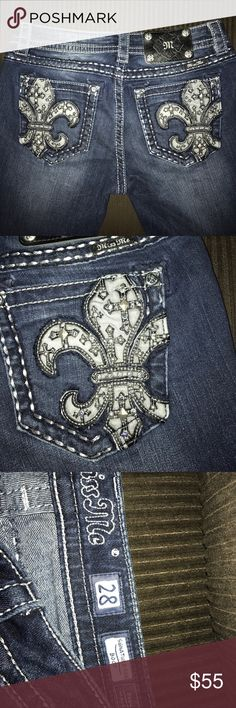 Miss me jeans Miss me jeans wore 1x they have beautiful back pockets and have the factory distressed look ... perfect shape Miss Me Jeans Boot Cut