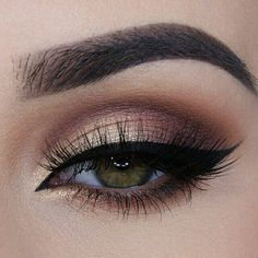 Beautiful soft smokey eye