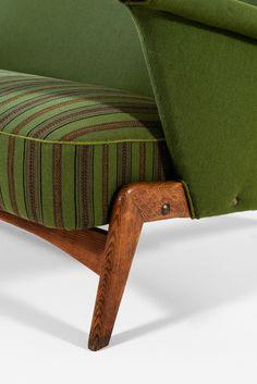 Arne Hovmand-Olsen sofa model 480 in oak at Studio Schalling