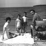 50's family photo and Road Trip – Why do people make them? | Lynette Endicott