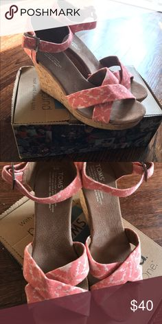 Toms Strappy Wedge Orange Geometric Ikat Toms Wedge. Brand new - never worn! TOMS Shoes Wedges