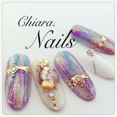 Omg!these mermaid nails I am in love!