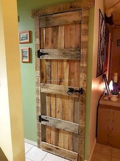 nice 39 Furniture Pallet Projects You Can DIY for Your Home https://matchness.com/2017/12/16/39-furniture-pallet-projects-can-diy-home/ #LogWoodProjectsDiy
