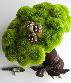 @Melissa Henderson. how perfect for you when you get married someday- green and mushrooms! lol