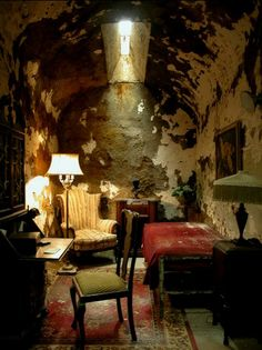 Capone's Cell - Eastern State Pen