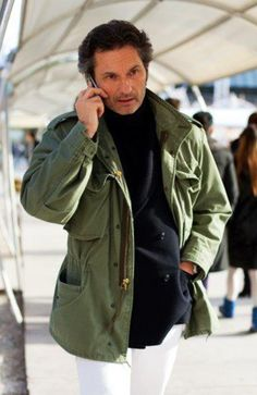 Navy & Green, Florence « The Sartorialist The Sartorialist, Army Surplus Jacket, Army Field Jacket, Military Jacket, Field Jackets, M65 Jacket, Gilet Costume, Fashion Pants, Mens Fashion