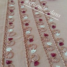 's media analytics. Beaded Embroidery, Embroidery Patterns, Hairpin Lace, Point Lace, Needle Lace, Scarf Styles, Hair Pins, Tatting, Diy And Crafts