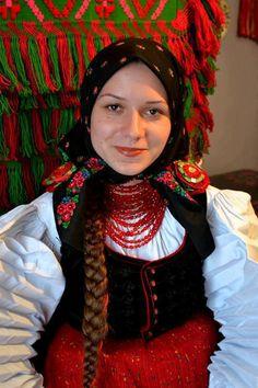 hungarian folk costume – Széki viselet – Erdély Folk Festival, Festival Wear, Folk Costume, Costumes, Hungarian Women, Hungarian Embroidery, Beauty Around The World, Folk Dance, We Are The World