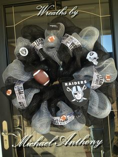 Oakland Raiders mesh wreath.