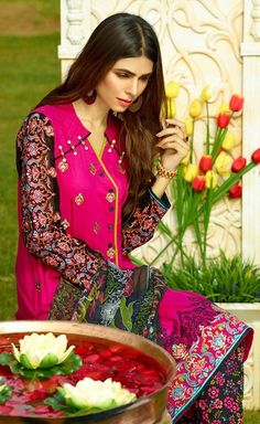 Shirt: Fabric: Embroidered Dyed Shirt with Sleeves. Shalwar/Trousers: Fabric: Printed Trouser. Dupatta: Fabric: Printed Chiffon Dupatta.