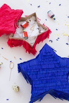 DIY Star Piñatas - Fill as needed Candy for the kids, plastic bottles of booze ofr the guys, etc