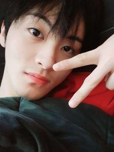 Magu my sweetie Mark Lee, Bubble, Nct 127 Mark, Lee Min Hyung, Christian Memes, Cute Cartoon Wallpapers, Winwin, Boyfriend Material, Taeyong