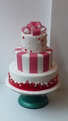 1950's retro gingham ribbon wedding cake | Zoe Elizabeth Gottehrer | Flickr