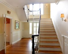 Traditional Staircase!  Tropical Staircase Design, Pictures, Remodel, Decor and Ideas - page 6
