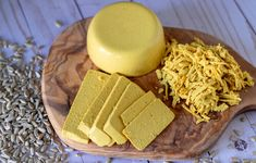 Vegan Smoky Sunflower Cheddar - Nut free allergy friendly smokey vegan cheddar using sunflower seeds and agar powder. A single and delicious quick set vegan cheese. Cheese Mold, Nut Cheese, Vegan Gelatin, Vegan Cheddar Cheese, Sliced Turkey, Nut Allergies, Cheese Recipes, Vegan Recipes, How To Make Cheese