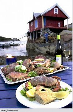 Summer food! Crabs & wine!