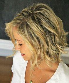 natürlicher Look für mittellanges Haar mit Wellen Frisur