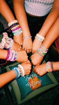 Homemade Bracelets, Diy Bracelets Easy, Summer Bracelets, Bracelet Crafts, Cute Bracelets, Summer Jewelry, Pony Bead Bracelets, Kandi Bracelets, Friendship Bracelets With Beads