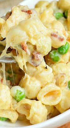 Creamy White Macaroni & Cheese with Peas Onions & Bacon