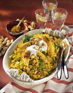 Unser beliebtes Rezept für Curry-Reis mit gebratenen Bananen und mehr als 55.000 weitere kostenlose Rezepte auf LECKER.de.