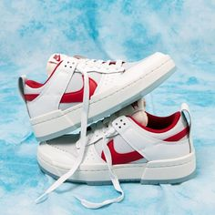 Release Date : September 4, 2020 Nike Women's Dunk Low Disrupt White / Gym Red Credit : Naked — #nike #dunk #sneakerhead #sneakersaddict #sneakers #kicks #footwear #shoes #fashion #style Latest Sneakers, Sneakers Fashion, Women's Sneakers, Custom Sneakers, Custom Shoes, Dunk Low, Nike Dunks, Nike Air Force, Me Too Shoes