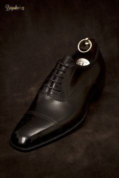 28e029f3ee8 This shoe is EVERYTHING! More suits