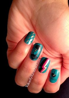 Valiantly Varnished: Lacquer Legion: Adoration - David Bowie Nail Art  #LLAdoration