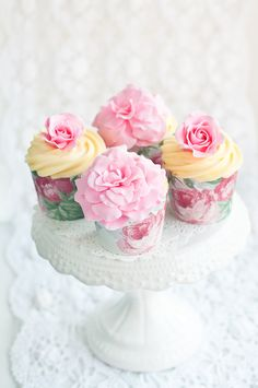 Lulu's Sweet Secrets: Ispahan Cupcakes