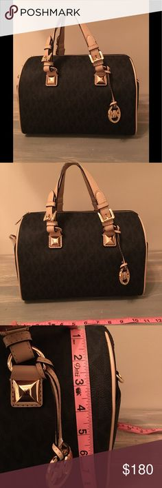 NWT Michael Kors Grayson Med Satchel, black Stunning NWT Michael Kors Grayson Satchel. Crossbody strap included, still in original packing. Versatile piece, perfect for everyday use! Measurements are available in the pictures. Michael Kors Bags Satchels