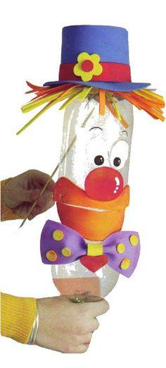 Clown - two 1 litre pop bottles become a talking clown puppet Clown Crafts, Circus Crafts, Carnival Crafts, Carnival Decorations, Diy And Crafts, Crafts For Kids, Arts And Crafts, Recycled Bottles, Recycled Art