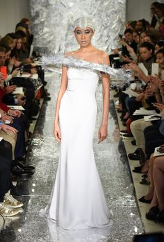 Pin for Later: 100 Stunning Wedding Dresses For Spring 2017 Brides Theia Bridal Spring/Summer 2017