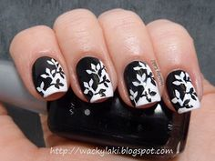 Black and white mani by Waky Laki.