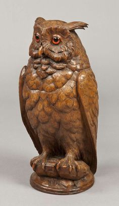 A Carved Black Forest Antique Owl of Exceptional Size Switzerland, 1890