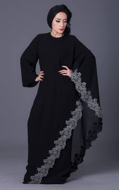 Atelier Pattama – World Class Fashion Brand Hijab Style Dress, Modest Fashion Hijab, Indian Fashion Dresses, Abaya Fashion, African Fashion, Fashion Outfits, Abaya Style, Evening Gowns Couture, Couture Dresses