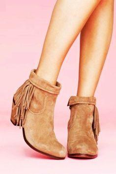 Flat Fringe Moccasin Boots for Girls - Short Fringe Moccasin Boots for Women
