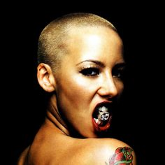 The Genteel perfection of Amber Rose ...Sumptuous silhouette of my dreams...
