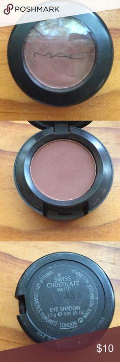 "Mac ""Swiss Chocolate"" Eyeshadow Mac ""Swiss Chocolate"" Eyeshadow MAC Cosmetics Makeup Eyeshadow"