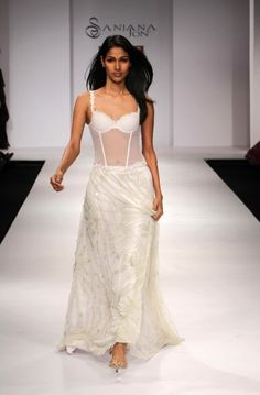 """Wills Lifestyle India Fashion Week SS Day 2 by Sanjana Jon Wills Lifestyle, Lifestyle Clothing, Natural Fiber Clothing, Celebrity Siblings, India Fashion Week, Latest Fashion Trends, Desi, Formal Dresses, Celebrities"
