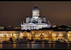 Lutherische Domkirche Helsinki, Finland, Tuomiokirkko by von Marcus Klepper Helsinki, All Over The World, Around The Worlds, Mansions, Country, Night, House Styles, Building, Travel