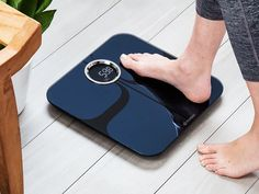 The Yunmai Premium Smart Scale gives you a bigger health picture. The Bluetooth scale lets you track and set health goals beyond weight. Watch how it works. Cool Technology, Technology Gadgets, Tech Gadgets, Health App, Health Goals, Bluetooth Scale, Smart Scale, Apple Health, Health Pictures