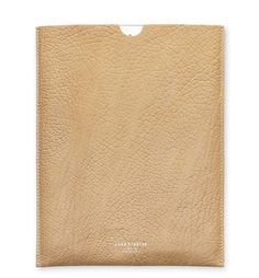 Acne pochette d'iPad http://www.vogue.fr/mode/shopping/diaporama/pochettes-d-ipad/11209/image/658435#acne-pochette-d-039-ipad