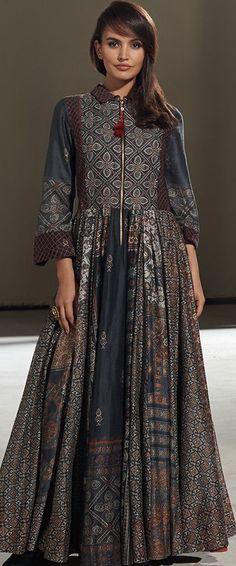 New Dress Elegant Batik Ideas Kurta Designs, Blouse Designs, Indian Dresses, Indian Outfits, Pakistani Dresses, Boho Chic, Bridal Dresses Online, Indian Attire, India Fashion