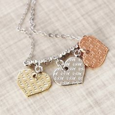 Adorable necklace for everyday wear! Office fashion