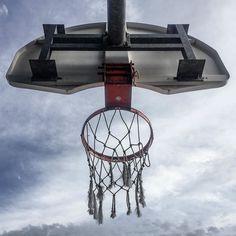 the calm before the storm #hoops #basketball . . . . #playground #doinitinthepark #SLAMhoops #franchisemagazine #h00pdreams #hoopsoftheworld #courtsoftheworld #basketballdiaries #shootinghoops #heavenisaplayground #streetball #ballislife #parkauthority #urbanbasketball #justgohoop #unlimitedballer #basketballneverstops #northsidepride #toronto #tdot #canada #the6ix