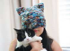 Cutest & Simplest Hat Pattern Ever - Kit Kat Hat FREE knitting pattern ||| Andre Sue Knits