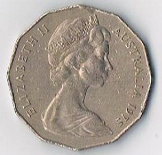 1975 Australia 50 Cents Elizabeth II Coat Of Arms Coin KM 68